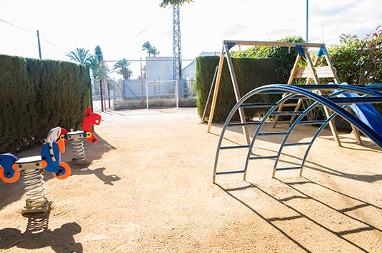 Parque infantil, restaurante Estanquet